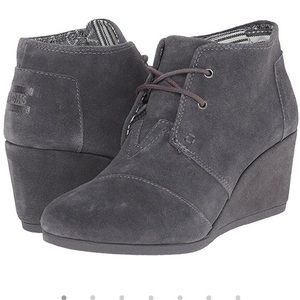 Toms Gray Desert Wedge Bootie Lace-up 7 New